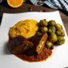 Seitanrouladen mit Orangen- Zimt- Rosenkohl und cremigen Kartoffelstampf-Hochformat-Kochbuch-klein