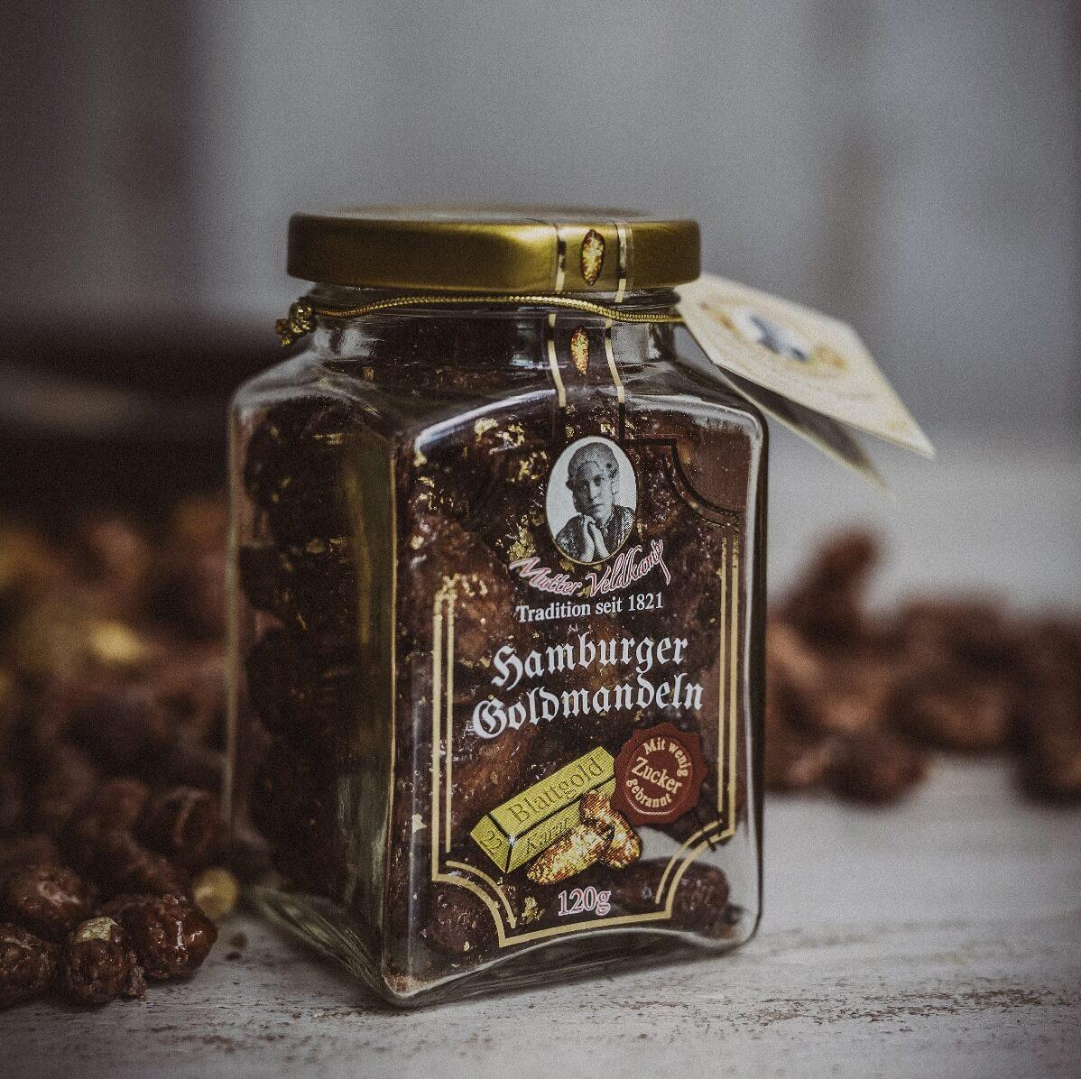 MutterVeldkamp-Hamburg-Mutter-Veldkamp-Hamburger-Goldmandeln-gebrannte-Nüsse-blattgold-120g-glas-spanische-Bio-Mandeln-Bio-Rohrohrzucker-Vegan-planetbox-duentscheidest